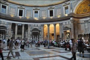 interieur pantheon rome