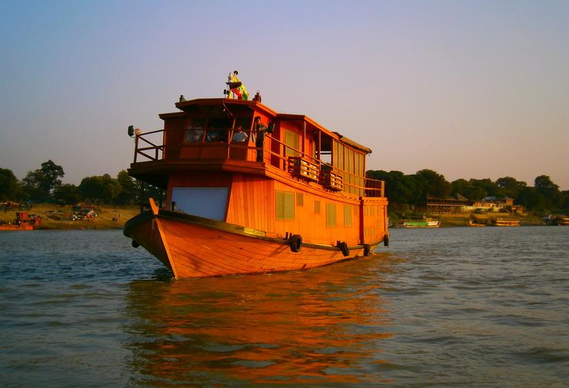 Bienvenue à bord pour une croisière sur l'Irrawady