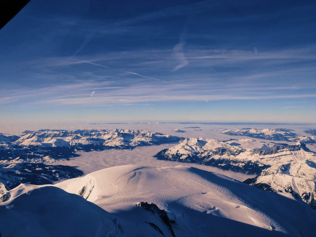 Vue du Mont-Blanc au dessus de Chamonix