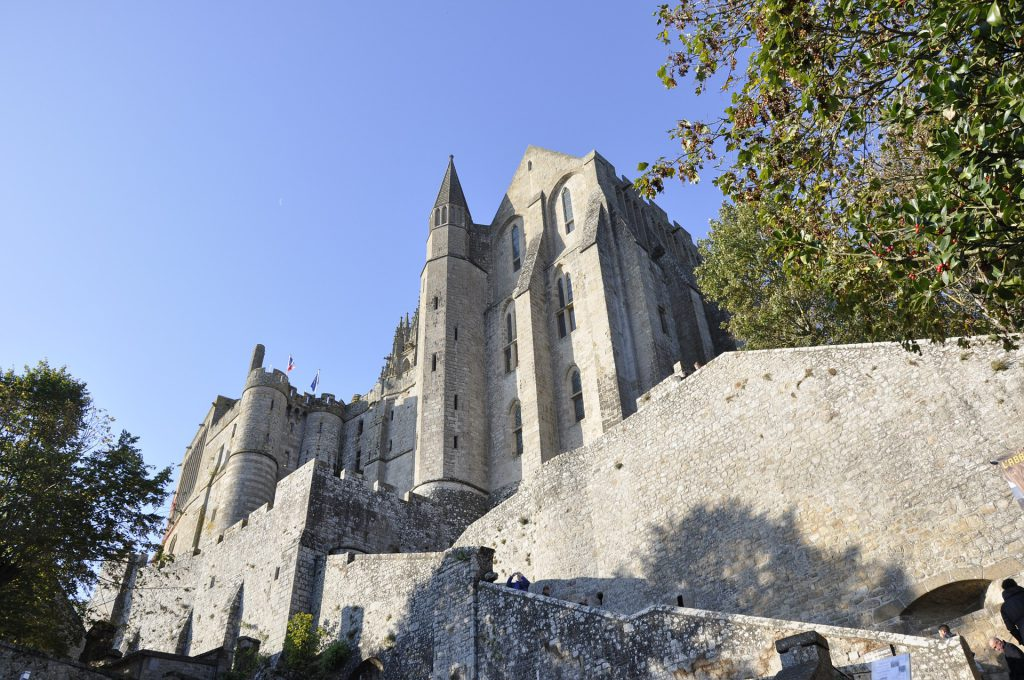 Des batiments religieux du Mont Saint Michel