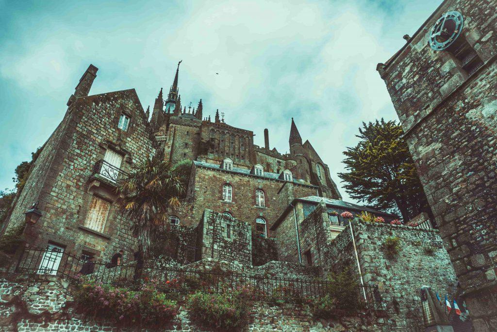 Eglises et bâtitments sur le Mont Saint-Michel